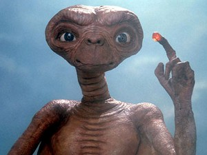 Me phone home but not with this f*cking Samsung!